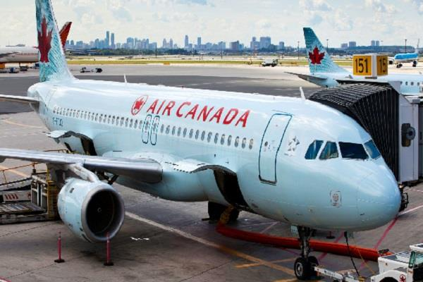 crew members left woman alone in plane