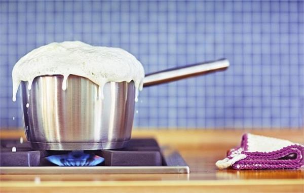 Vastu Tips: आपकी यही गलतियां बढ़ाती हैं घर में कलह-कलेश