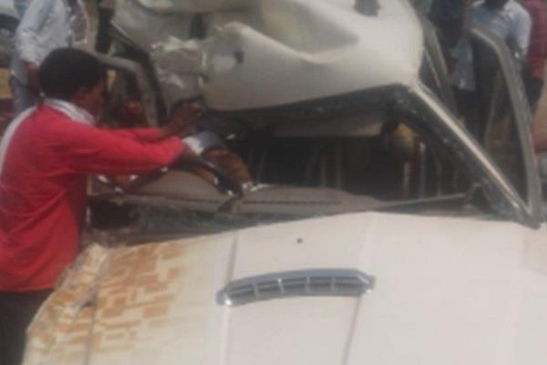 car and truck collision death on 3 occasions