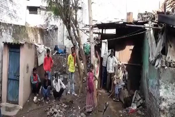 kalyugi bhai brutally killed elder brother in a land dispute