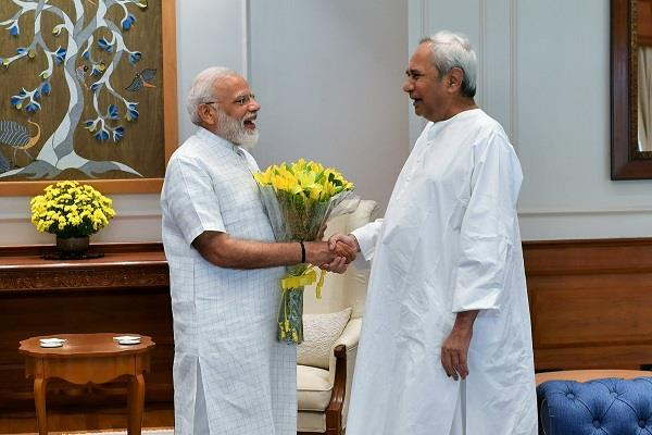naveen patnaik meets pm modi special state status for orissa