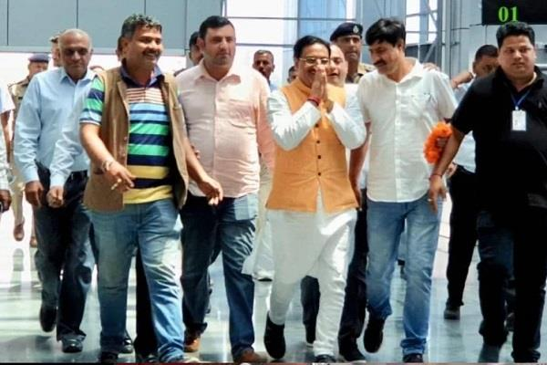 union minister reached haridwar