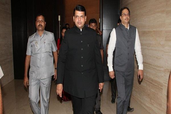 1 91 lakh posts in government departments in maharashtra