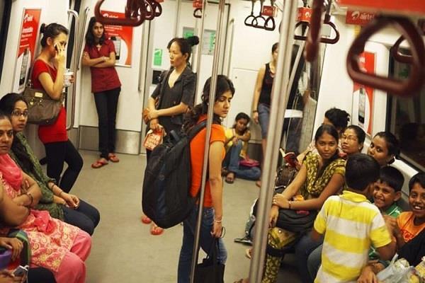 crisis on women s free journeys in delhi metro
