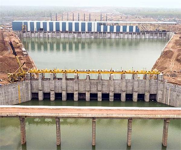 world s largest irrigation project completed on godavari