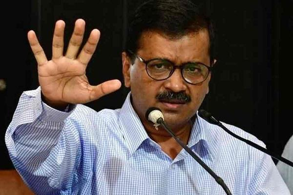 kejriwal hoisted shah on 5th murder in 24 hours delhi police quote