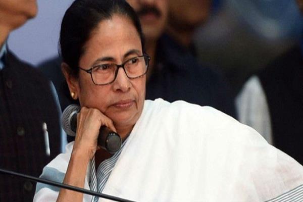 senior left leader urges mamata banerjee to contest elections says nirankha