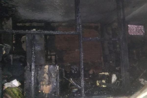 death of elderly couple due to a severe fire with short circuits