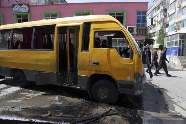 2 people killed in kabul attack on bus carrying students
