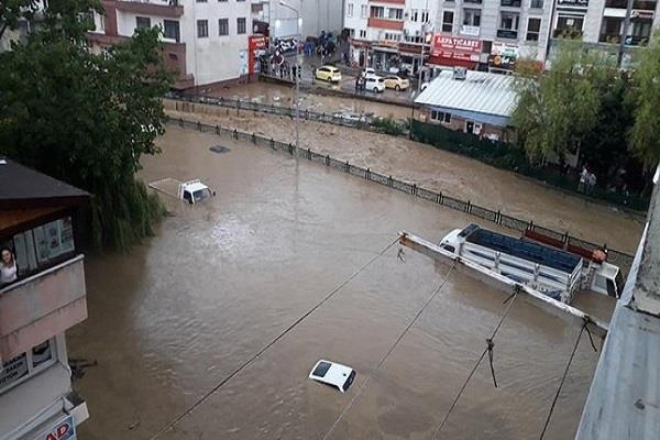 seven people missing in turkey flood 69 people were rescued