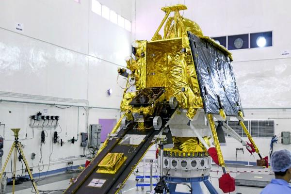 chandrayaan 2 is now lunching on monday july 22 isro