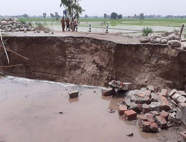 ghaggar river bridge crack 70 villages cut off