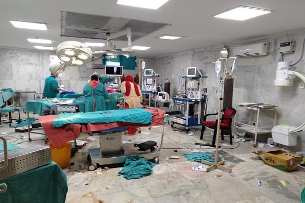 clash betwen tow doctors