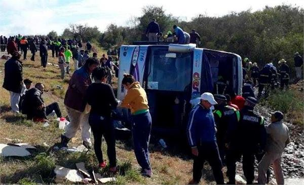 13 killed in argentina bus accident