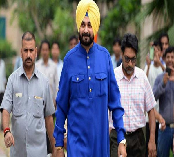 navjot singh sidhu officially resigns as punjab cabinet minister