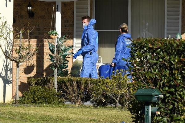 australian woman beheads mother leaves severed head outside