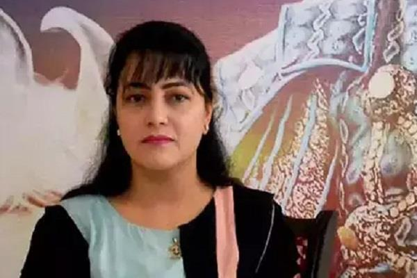 honeypreet was in jail for two prisoners