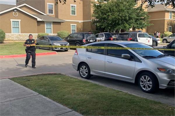 5 dead 2 injured in residential shootings in wisconsin