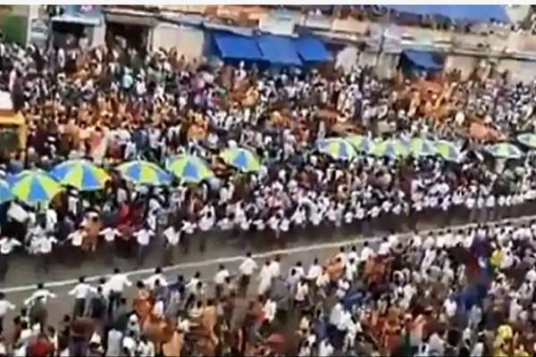 crowd of millions people gave way to ambulance during rath yatra