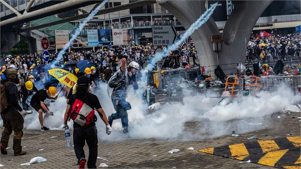 hong kong protesters takeover legislative council