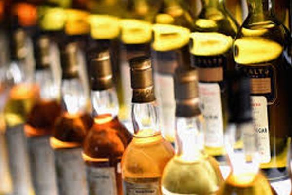 675 box liquor recovered