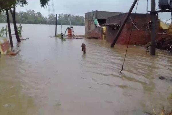heavy rain in haryana kurukshetra being submerged