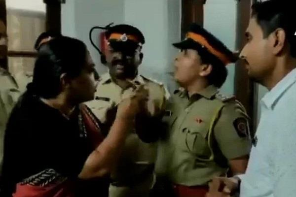 congress leader fight with police and doctor in hospital