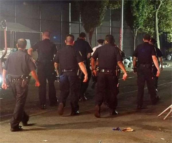 one dead as about a dozen people are shot at brooklyn block party