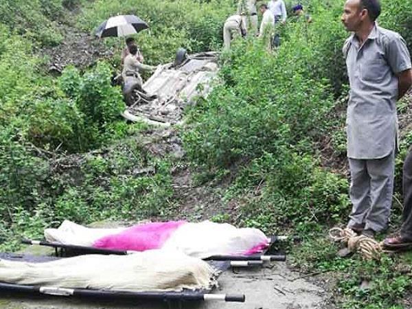 chamba pathankot road accident