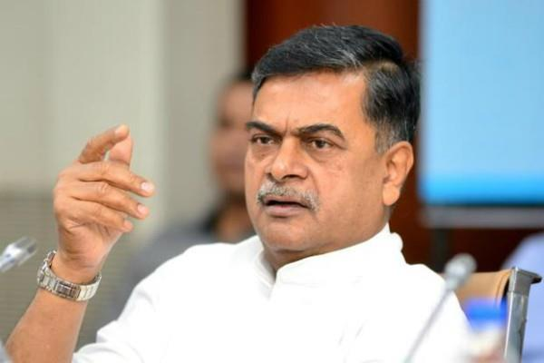 no one will get electricity free first must pay says rk singh
