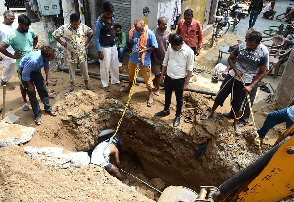 sewerage man death