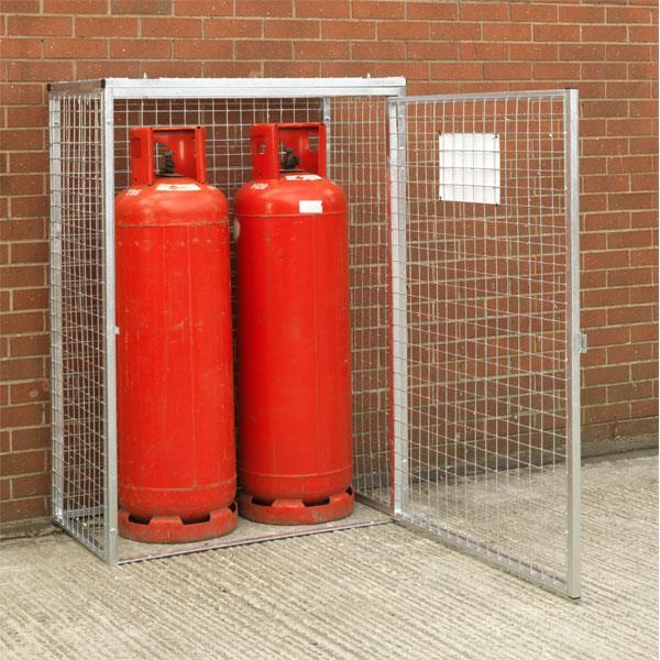 कैसे करें रसोई-घर में रखे गैस सिलेंडर का सावधानी से उपयोग ?