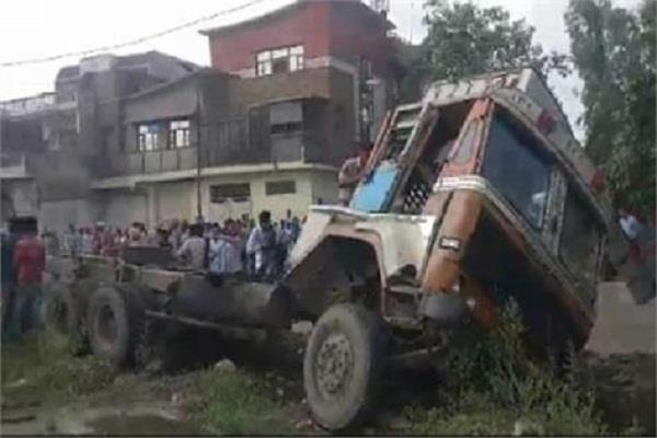 ludhiana accident 1 died 6 injured