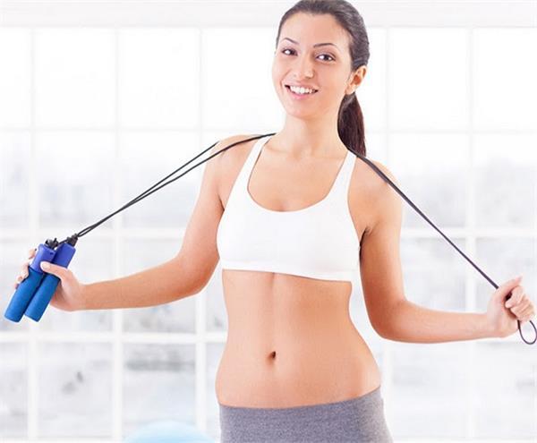Women Health: जिम या सैर पर नहीं जा पाती तो घर पर ही करें ये 5 एक्सरसाइज -  if-you-can-not-go-on-a-jogging-then-do-these-exercise-in-home - Nari Punjab  Kesari