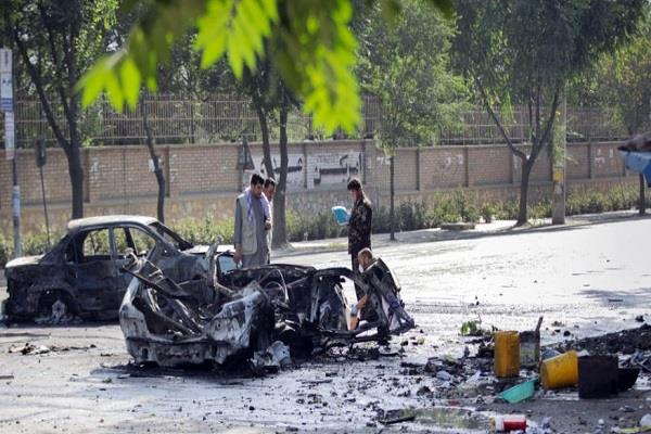blast near kabul university kills 6 injures 27