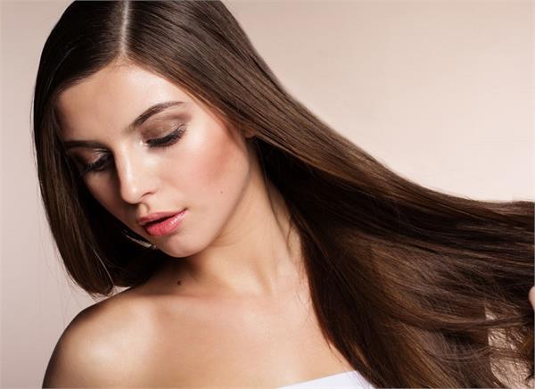 Hair Care: रूखे बेजान और झड़ते बालों में जान डाल देगा यह हेयर पैक