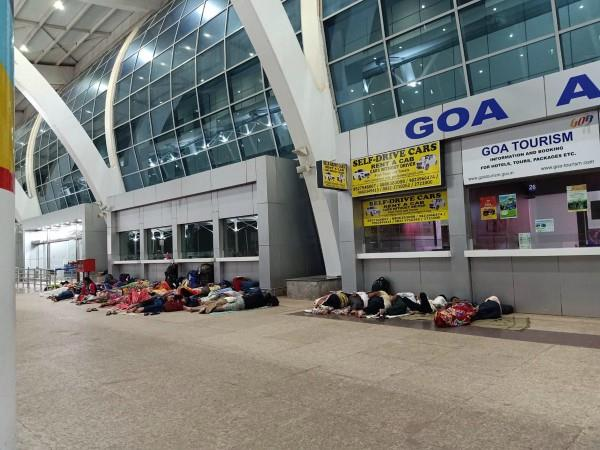 people sleeping at dabolim airport goa photo goes viral