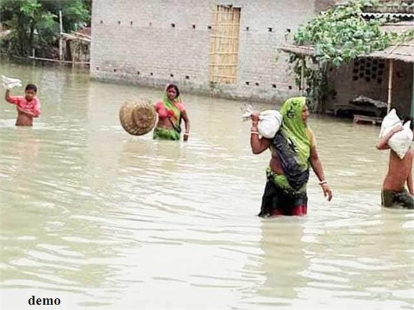 district administration in etawah started work on flood management scheme
