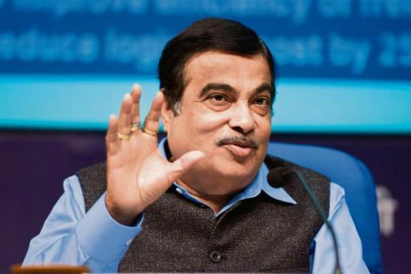 travel delhi to mubai in 12 hours by road after 3years gadkari