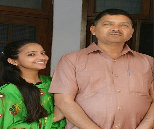 sakshi s father rajesh says if i get more upset then i will commit suicide