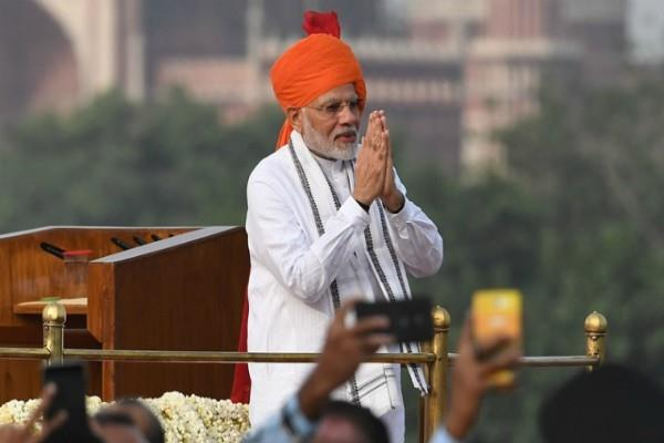 pm modi asks people for suggestion for independence day speech