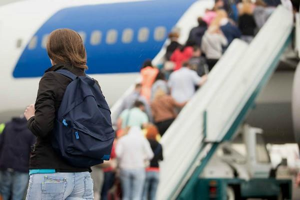 fastest increase in the number of air passengers by 5 months