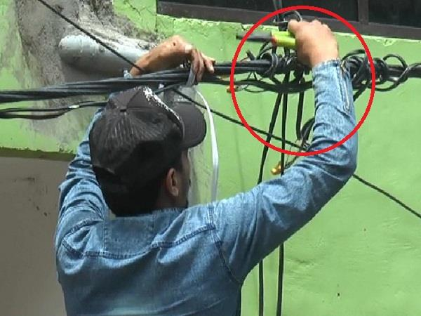 screws on illegal occupiers on hc orders