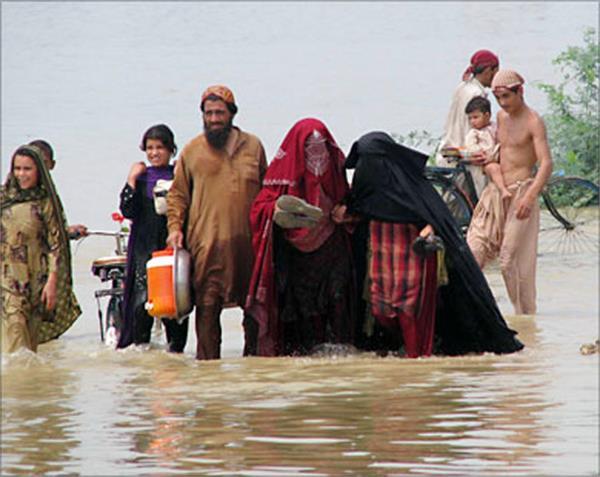 pakistan monsoon rains leave 16 dead in sindh