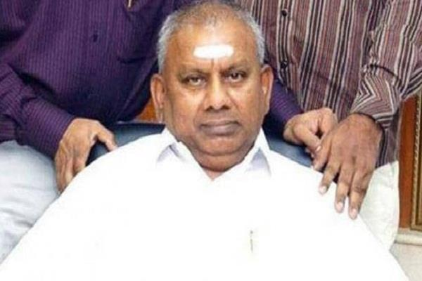 rajagopal the founder of sarvarna bhawan suffered a heart attack died