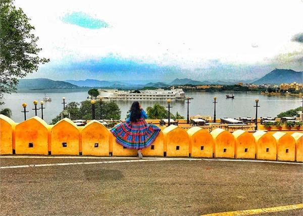 झीलों के शहर उदयपुर जाकर लें कुदरत के हसीन नजारों का मजा