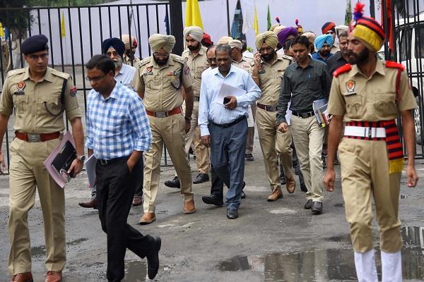 punjab chief secretary conducts inspection of ludhiana jail