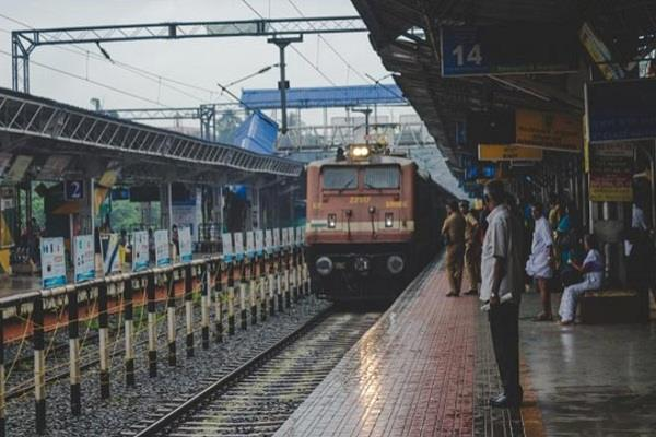 cleanliness survey to be conducted at 720 railway stations of the country