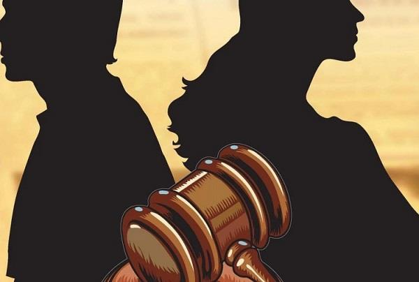 husband has put strange condition instead of give alimony to wife court granted