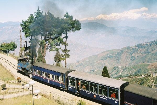 unesco warns darjeeling railway to cancel world heritage status